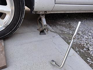 スペアタイヤに交換